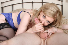 Horny milf Nina take control on milking a bog boner